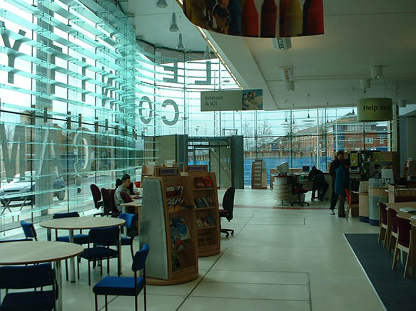 Castle Vale Community and College Library 09